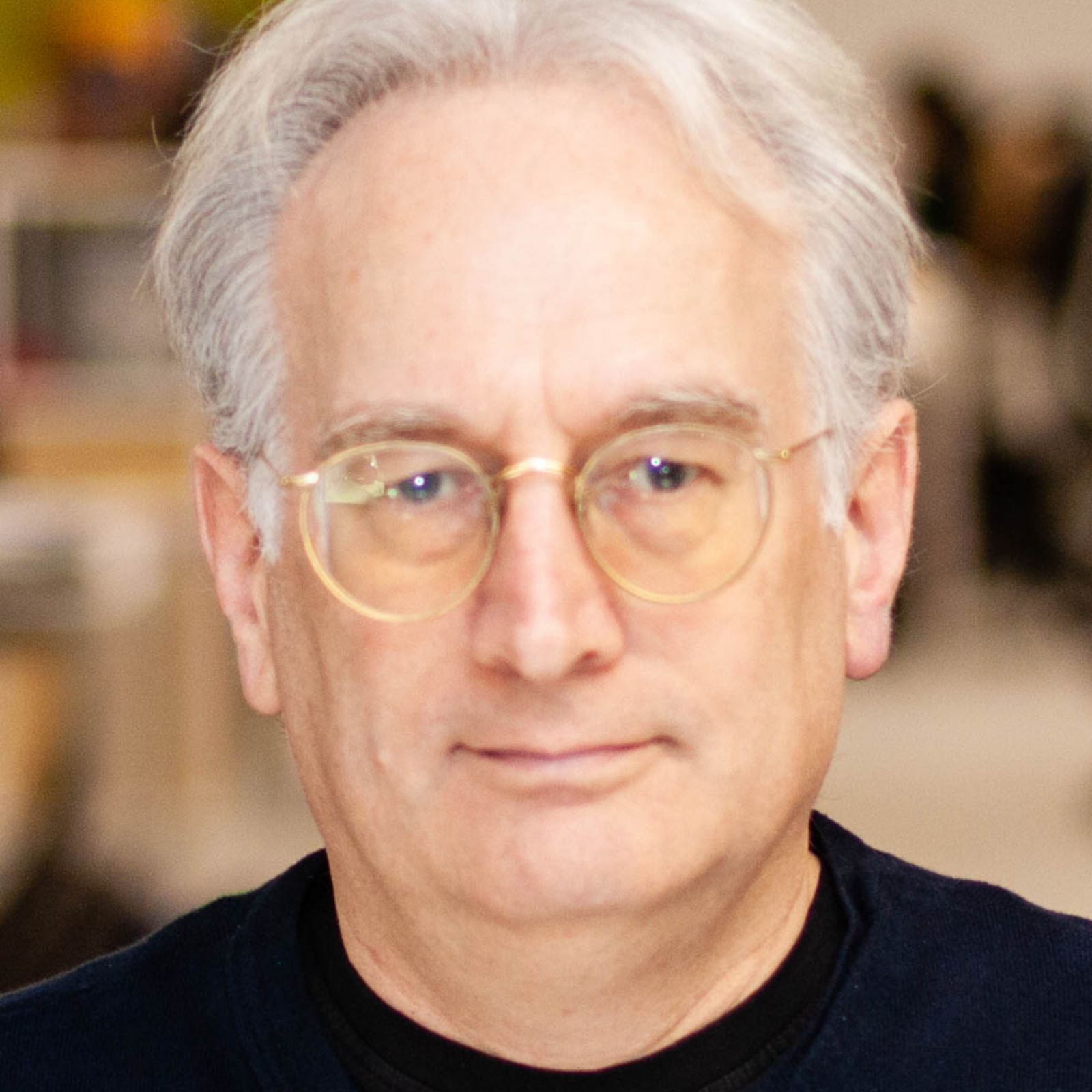 Dr Wayne Holmes