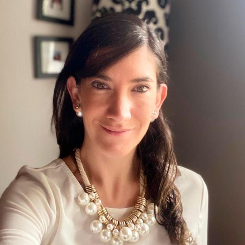 Claudia Tobar
